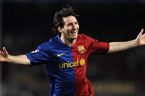 Messi ingresó en el complemento y abrió el marcador